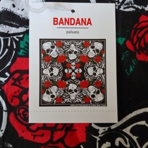 Red, White and Black Skull and Roses Bandana